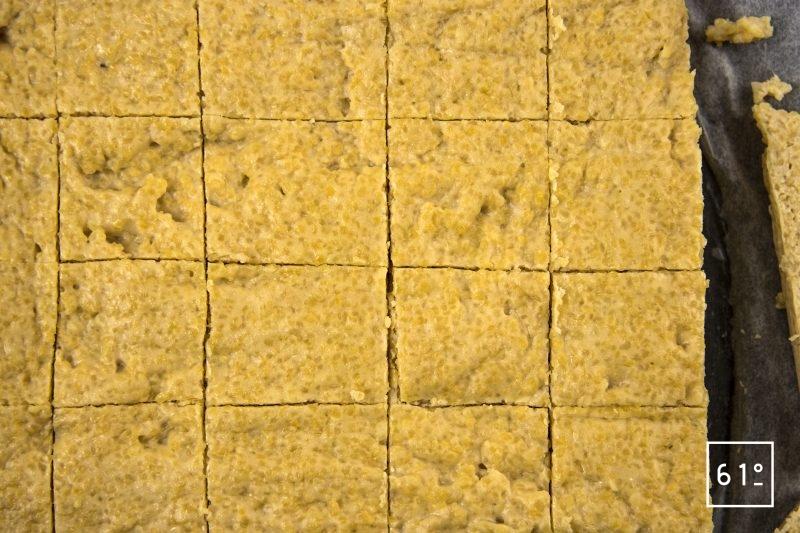 Râbles de lapin à la moutarde à l'estragon - découper des cubes de polenta