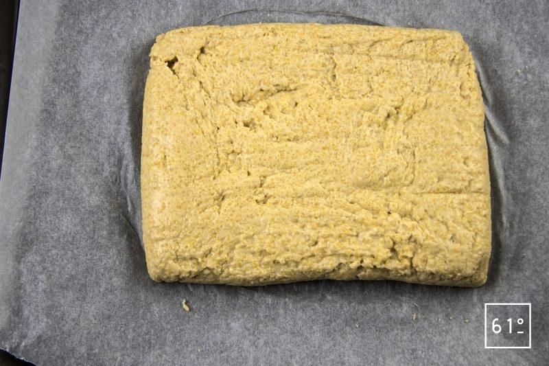 Râbles de lapin à la moutarde à l'estragon - mettre en forme la polenta
