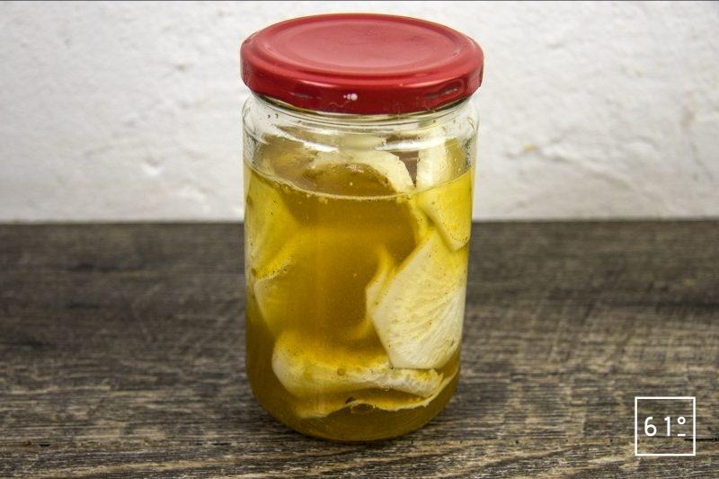Pickles de radis noir au sel des vikings - mettre sous vide et laisser infuser