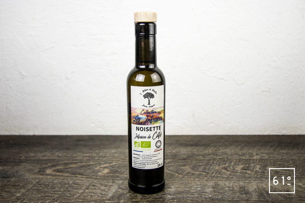 Les huiles de l'arbre à huile- huile de noisette infusée au café