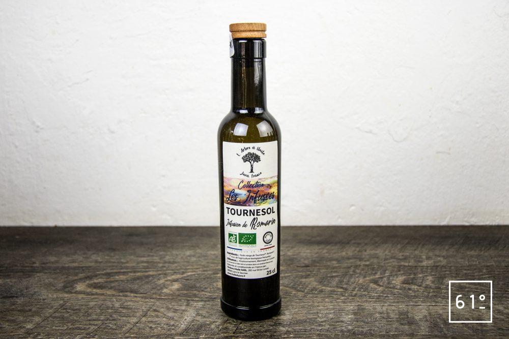 Les huiles de l'arbre à huile- huile de tournesol infusée au tournesol