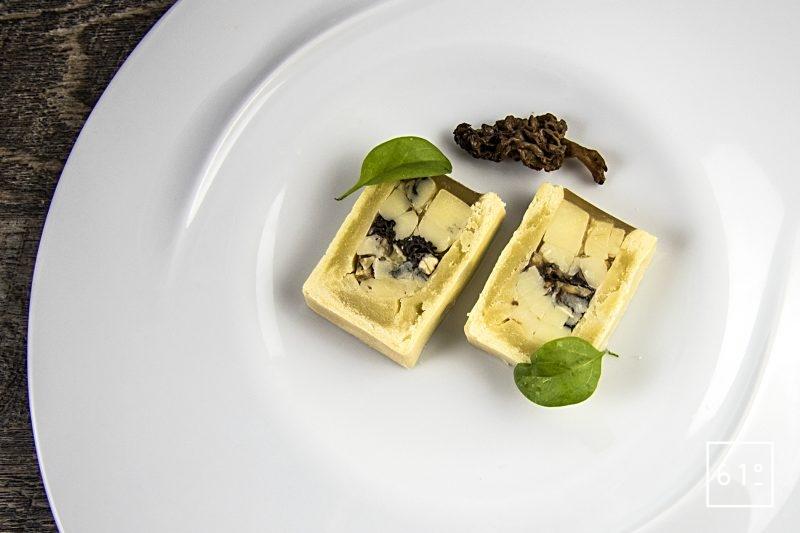 Pâté croute aux morbiers, aux tommes du Jura et aux morilles