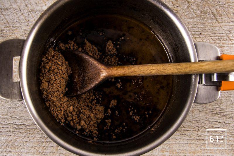 Pièce de volailles en III actes - caille, pigeon, canard - ajouter le cacao