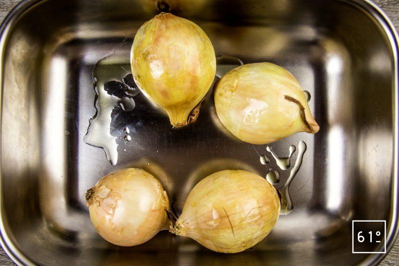 Huile d'oignons et citron - préparer les oignons
