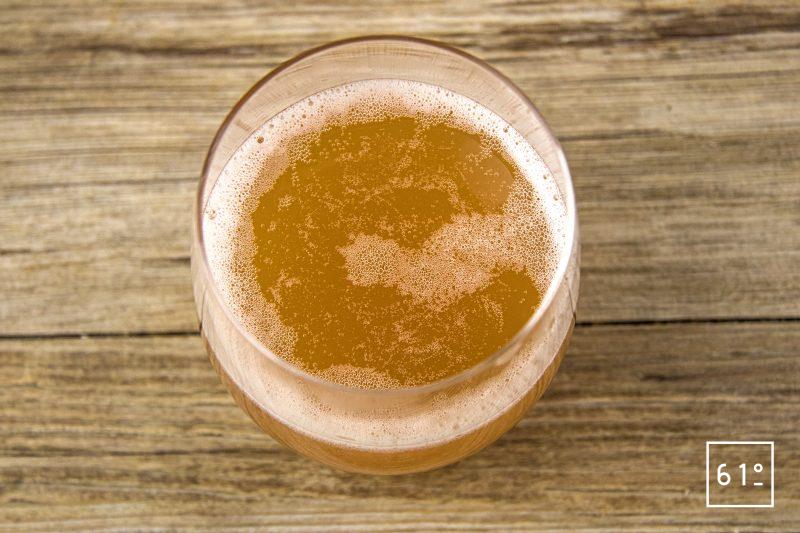 Kéfir de jus de pomme - à boire bien frais