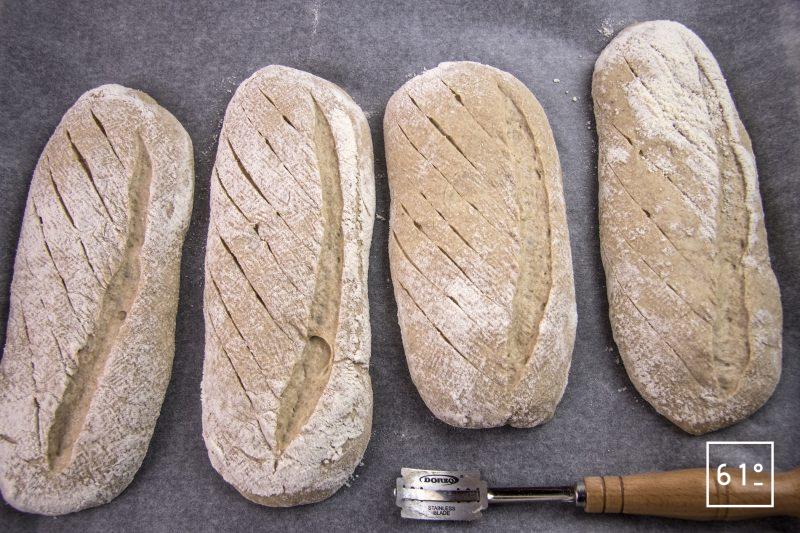 Pain aux 3 froment et bière belge - Scarifier les pains