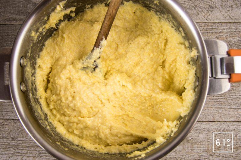 Poularde de Bresse, caponata et ses sauces - cuire la polenta