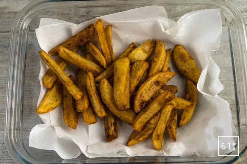 Chips - frites anglaises - frire les pommes de terre à 185° C