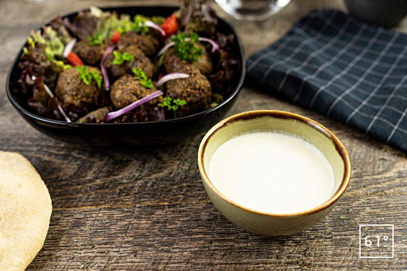 Sauce libanaise au yaourt et au concombre